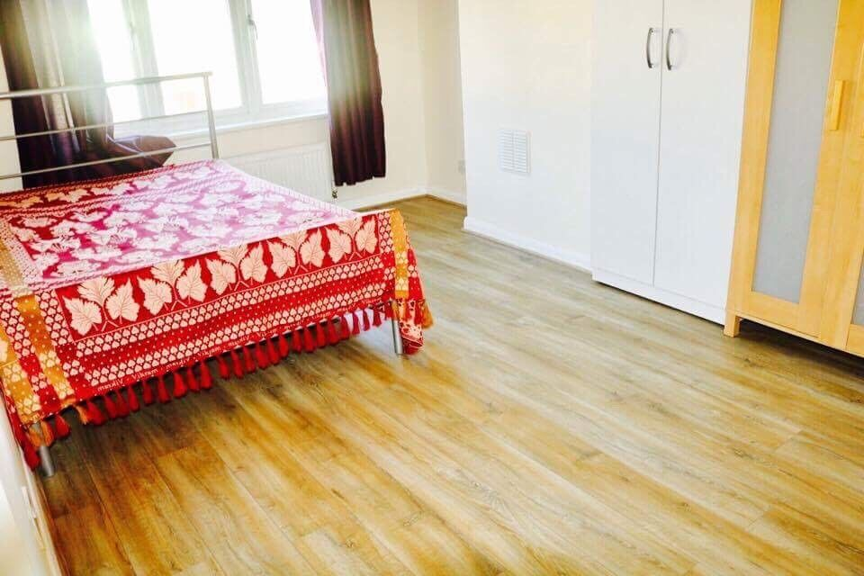 Extra Large Room Available 1min from station ~
