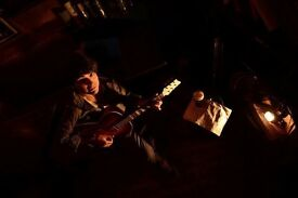 Guitar & Ukulele Lessons and Classes! Alex professional Guitar & Ukulele Teacher and Player