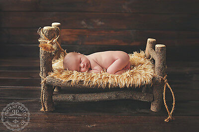 Опоры и сценическое Newborn Baby Log
