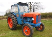 FORDSON MAJOR 1956 VINTAGE TRACTOR WELL PRESENTED RUNNING GREAT CAN DELIVER SEE VIDEO no VAT