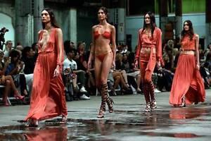 St Tropez | Custom Mobile Spray Tans Sydney City Inner Sydney Preview