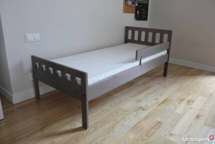 Toddlers Bed And Mattress