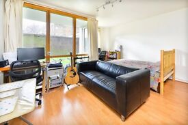 PLENDER STREET, NW1: SPACIOUS STUDIO, COMMUNAL GARDEN, SEPARATE KITCHEN, GAS AND HOT WATER INCLUDED