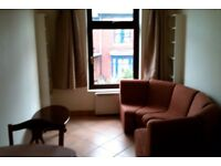 Unusual self contained, recently refurbished 3 bedrooms/3 bathrooms townhouse off London Road.