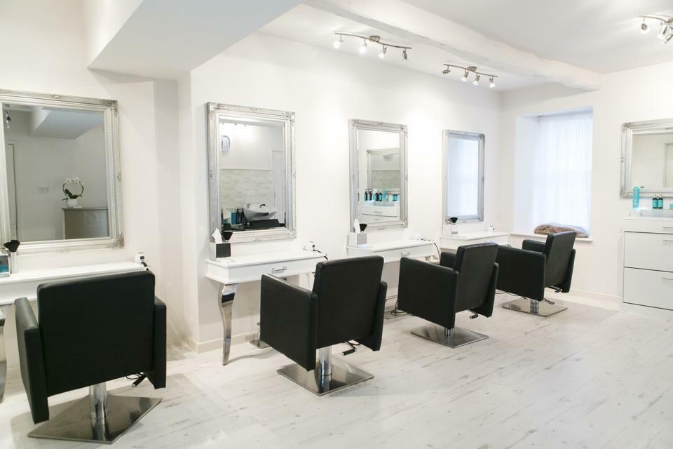 Salon furniture package deal chairs mirror styling station for Hairdressing furniture packages