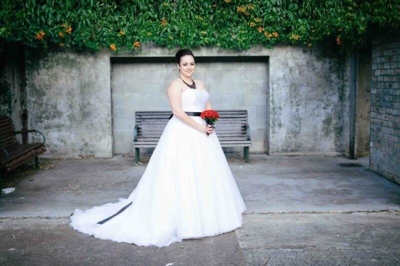 Allure bridal wedding dress US16   Wedding   Gumtree Australia ...