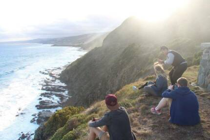 2 DAY CAMP/SURF GREAT OCEAN ROAD TRIP-10 SEATS,2 MELBOURNE LOCALS