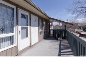BEAUTIFUL AFFORDABLE CONDO UNIT WITH OUTDOOR POOL