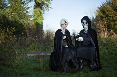 Death and Susan from Terry Pratchetts Discworld cosplay Image via HollySocks
