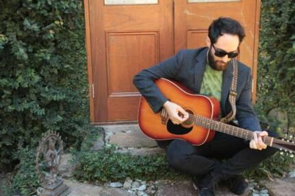 Musician \ guitarist \ singer for Functions \ Parties \ Wedding