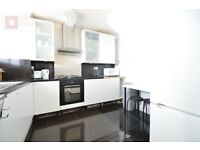 MILE END E3 ------- Superb 4 Bed Maisonette ----- £600 pw ------ E14 6BQ ------
