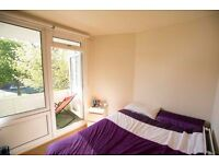 ** 5 NEW INCREDIBLE ROOMS BETHNAL STEPNEY GREEN Move in TODAY !**