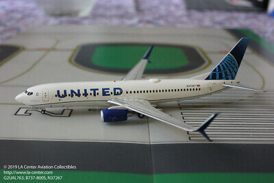United Airlines Model - Gemini Jets United Airlines Boeing 737-800S New Color Diecast Model 1:200