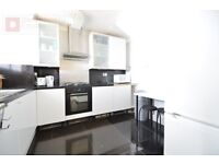 Gorgeous 4 Bed Maisonette flat - Available from Now in East London E14