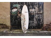 """Excellent Condition 6'9"""" Surfboard"""
