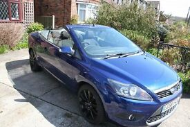 Ford Focus Convertible. Excellent condition. Very low miles