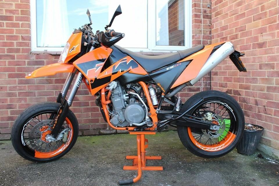 ktm lc4 640 supermoto sm lc4 640 orange in bridgwater. Black Bedroom Furniture Sets. Home Design Ideas