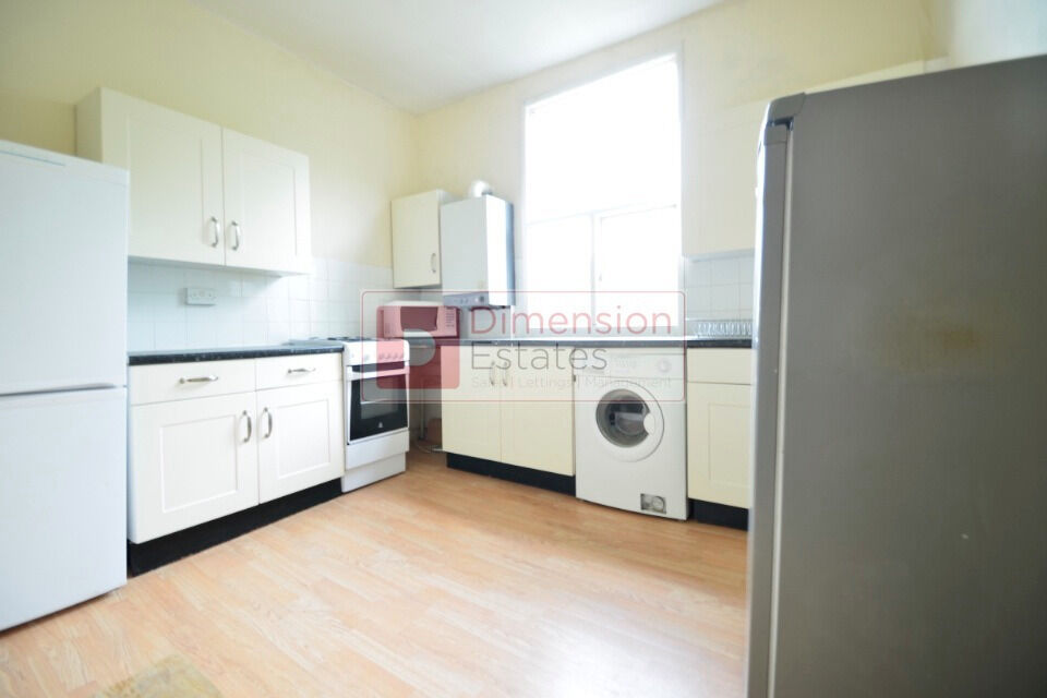 Fantastic 4 Bed Victorian Conversion Flat On Caledonian Road, N1 - Available Now!