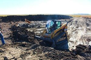 Skid steer - bobcat service / acreage work