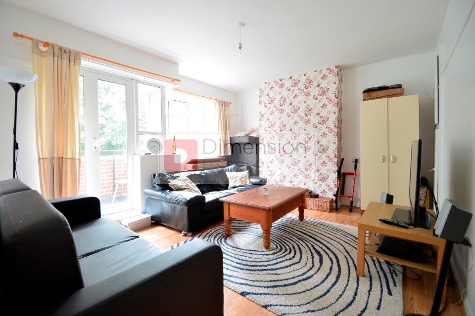 Beutiful 3 Bed Flat Amazingly located in Bow
