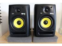 KRK Rokit 5 audio monitors (pair) and isolation pads