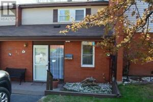 27 Capital PL Elliot Lake, Ontario