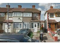SPACIOUS 3 BEDROOM HOUSE IN DAGENHAM ON BEAM AVENUE RM10 **PART DSS ACCEPTED** **£1550**