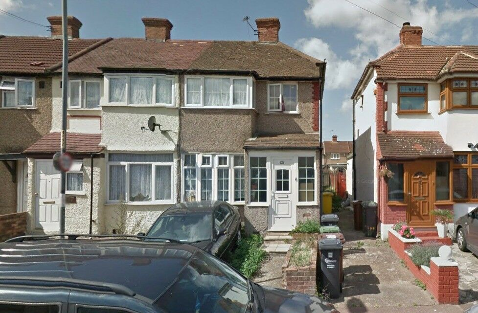 Beautiful 3 bed house in Dagenham newly refurbished,part dss accepted