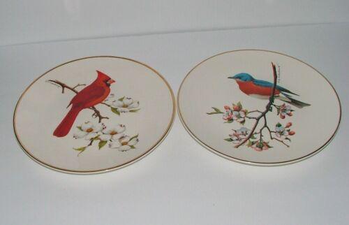 VINTAGE AVON 1974 CARDINAL AND BLUEBIRD PORCELAIN COLLECTOR