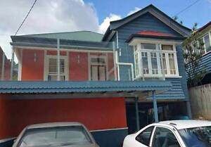 1 FURNISHED BIG BEDROOM AVAILABLE NOW IN EAST BRISBANE East Brisbane Brisbane South East Preview