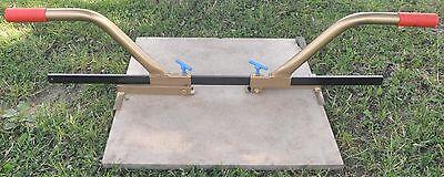 Versetzzange 145 - für Keramikplatten - Randsteine - Bordsteine - Plattenheber