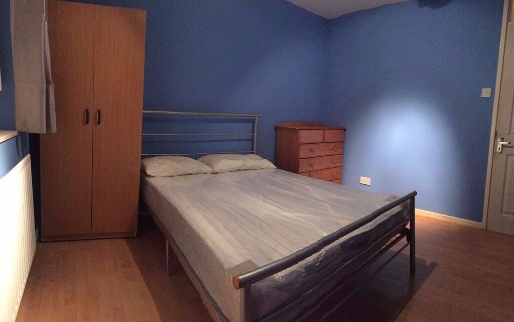 AMAZING DOUBLE SIZED ROOM TO RENT IN SEVEN SISTERS - BILLS INCLUDED