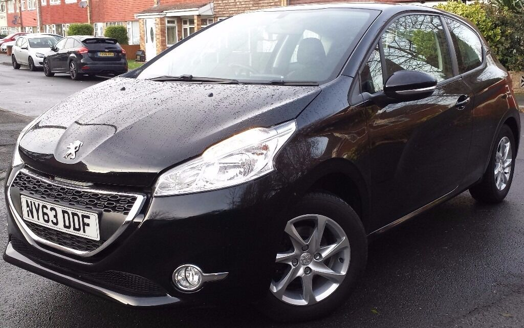 Peugeot 208 1.0 VTi Active 3dr - PERFECT FIRST CAR /FREE ROAD TAX ...