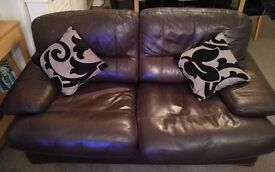Top quality Italian Leather 3 seater sofa in dark brown, inc scatter cushions