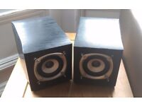 2x Bookshelf Speakers for Desk, Small & Unobtrusive, Sound Great!