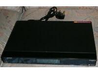 Humax Foxsat HDR/500 (500GB) DVR Recorder Twin Tuner Bundle Remote - used