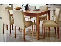 Dining table & chairs £79.00 immaculate