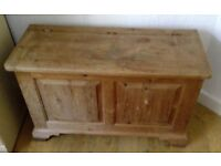 Pine lidded storage chest - bedding, toys or as a coffee table.