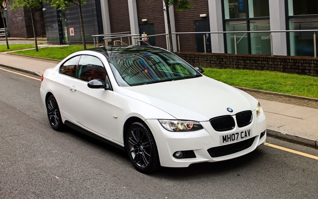 Bmw 3 Series 325i M Sport Pearl White Full Red Leather Interior In Manchester City Centre