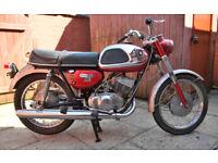 1966 Suzuki T20 Super Six. Classic restoration project