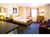 1 Bedroom Studio Flat / Apartment in Leafy South Manchester. 32m2
