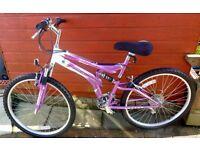2 mountain bikes for sale.