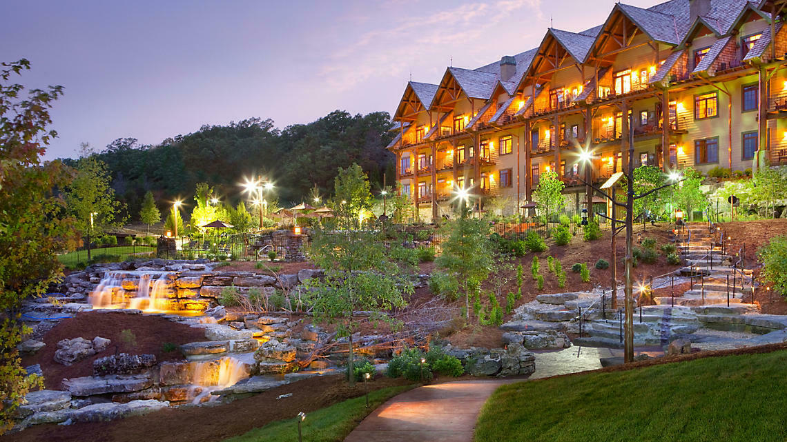 BLUEGREEN BIG CEDAR WILDERNESS CLUB 4,000 ANNUAL POINTS 4,000 SAVED POINTS - $550.00