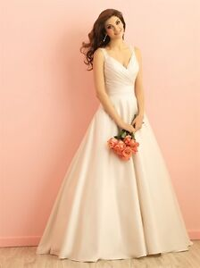 Allure Romance Wedding Dress - $600
