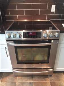 $1,000 · LG Stainless Steel Electric Range -LIKE NEW