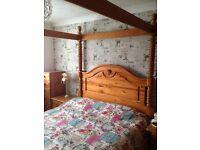 Four Poster Kingsize bed
