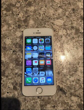iPhone 5s 64gb silver Roxburgh Park Hume Area Preview