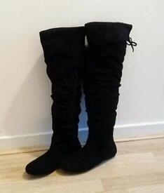Brand NEW Women's Boots 6