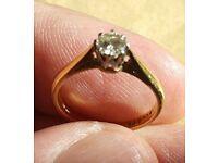 Engagement ring 9ct gold set in platinum