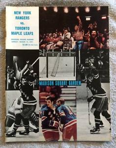 Vintage NHL Program Toronto Maple Leafs @ NY Rangers Mar 14/71